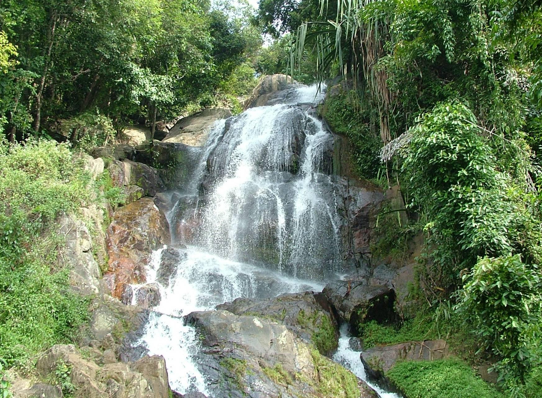 Samui Waterfall