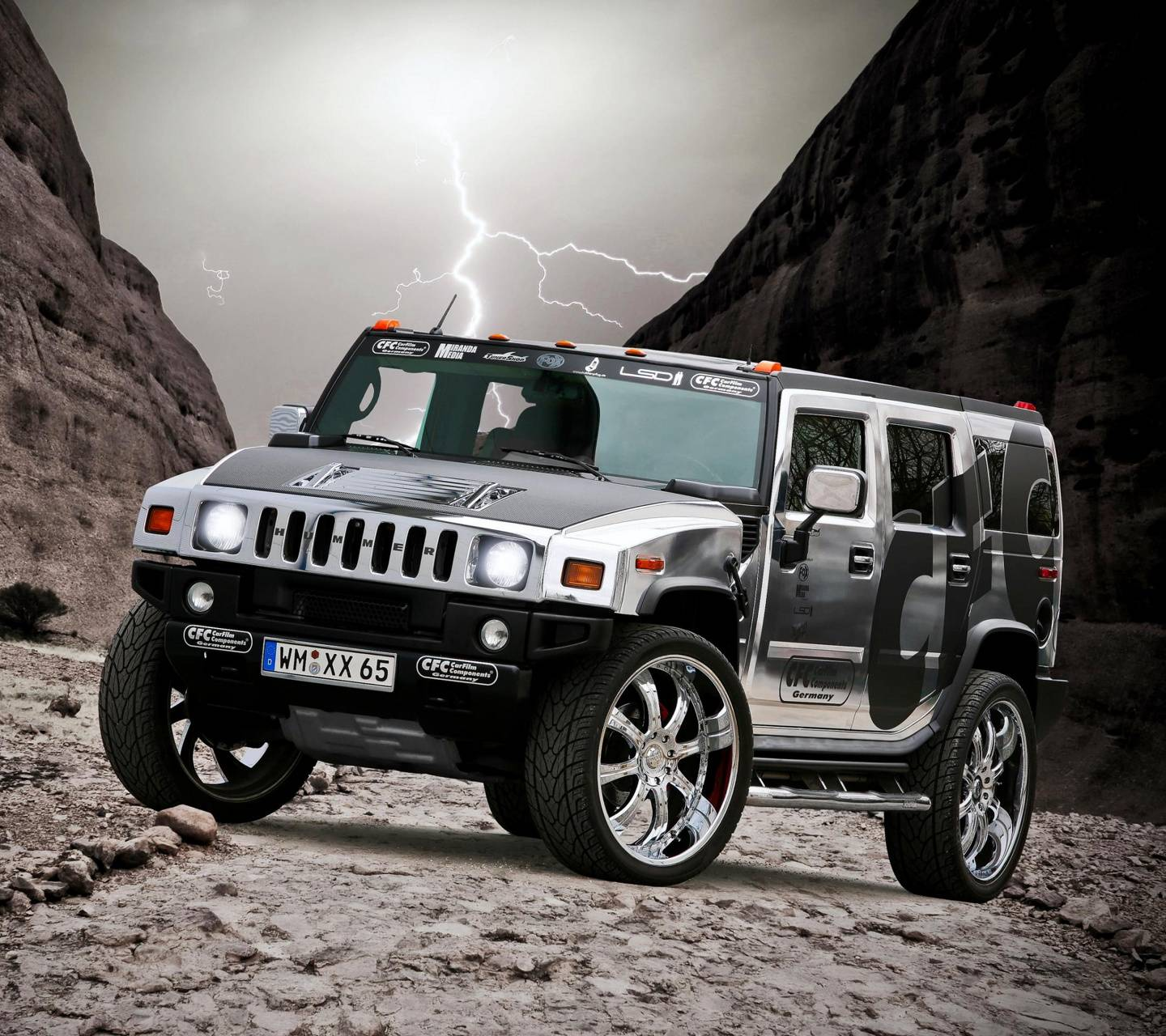 Hummer Wallpaper By Pavelericsson