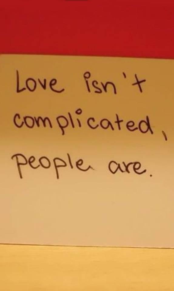 Love Isnt Complicate