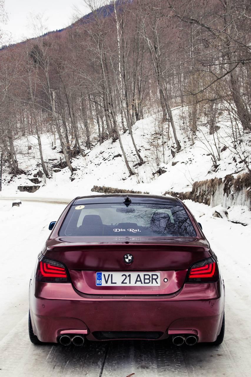 Iridiscent red BMW