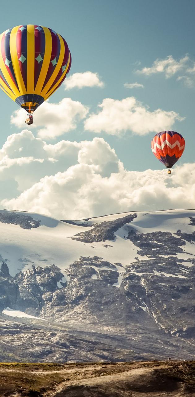ballons and hills