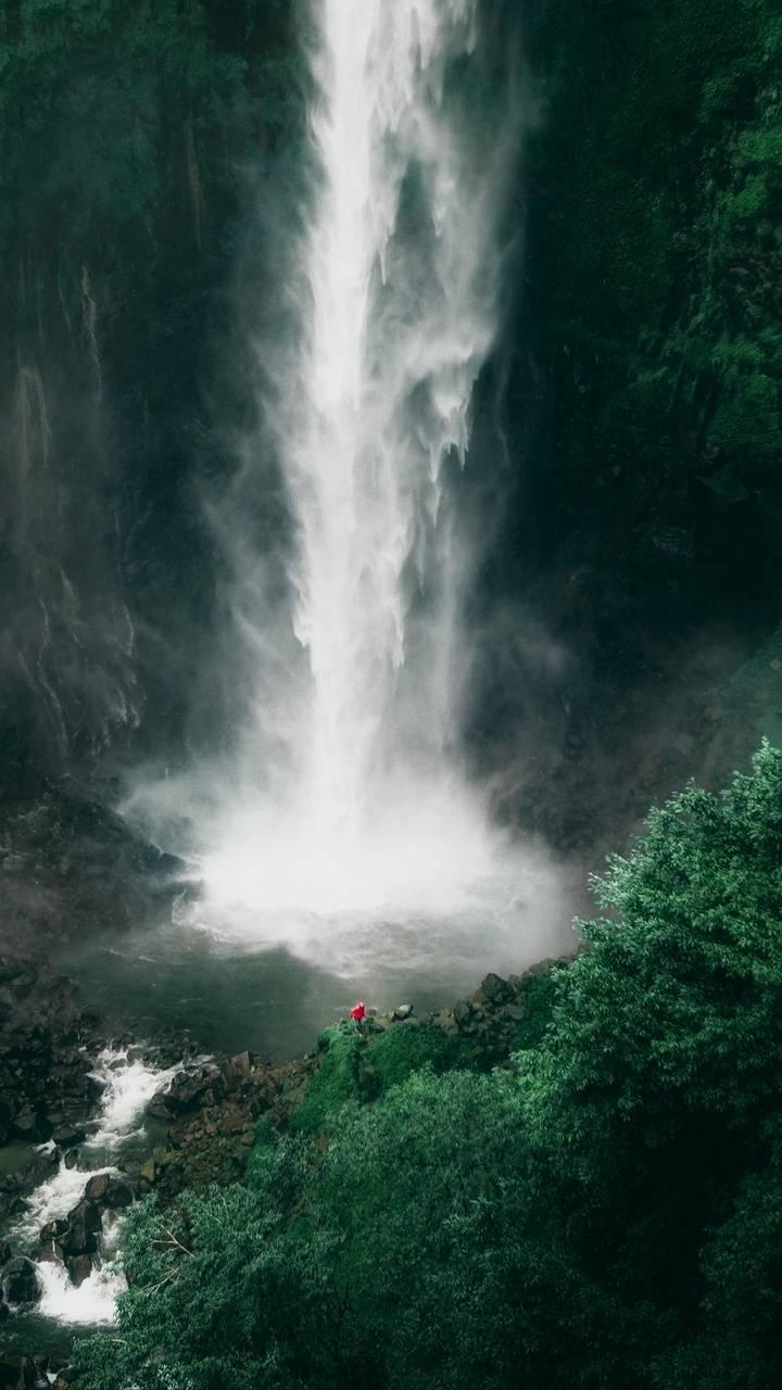 High water fall