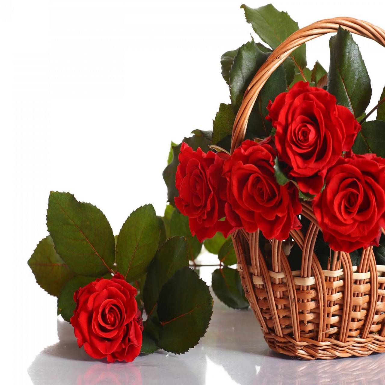 Roses Red Basket
