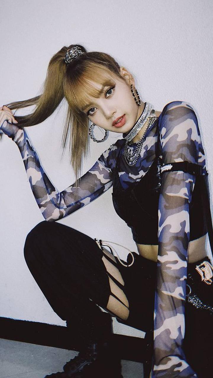 BLACKPINK Lisa 05