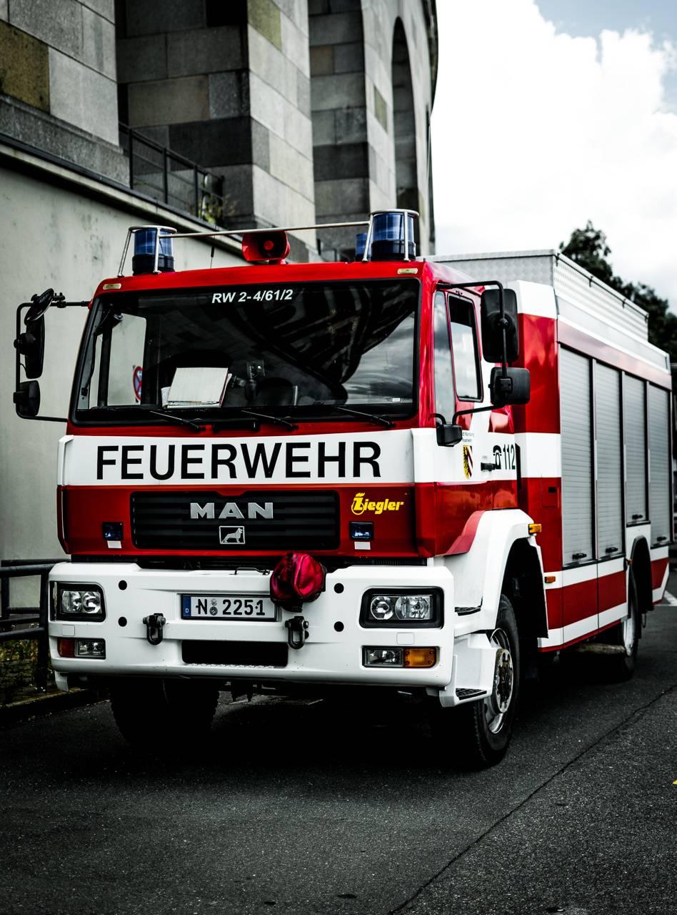 Fire Truck Wallpaper By Dannyedm21 57 Free On Zedge
