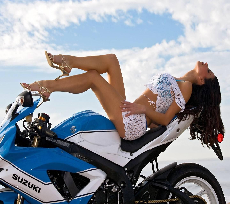 bikinis-sports-bike-tamil
