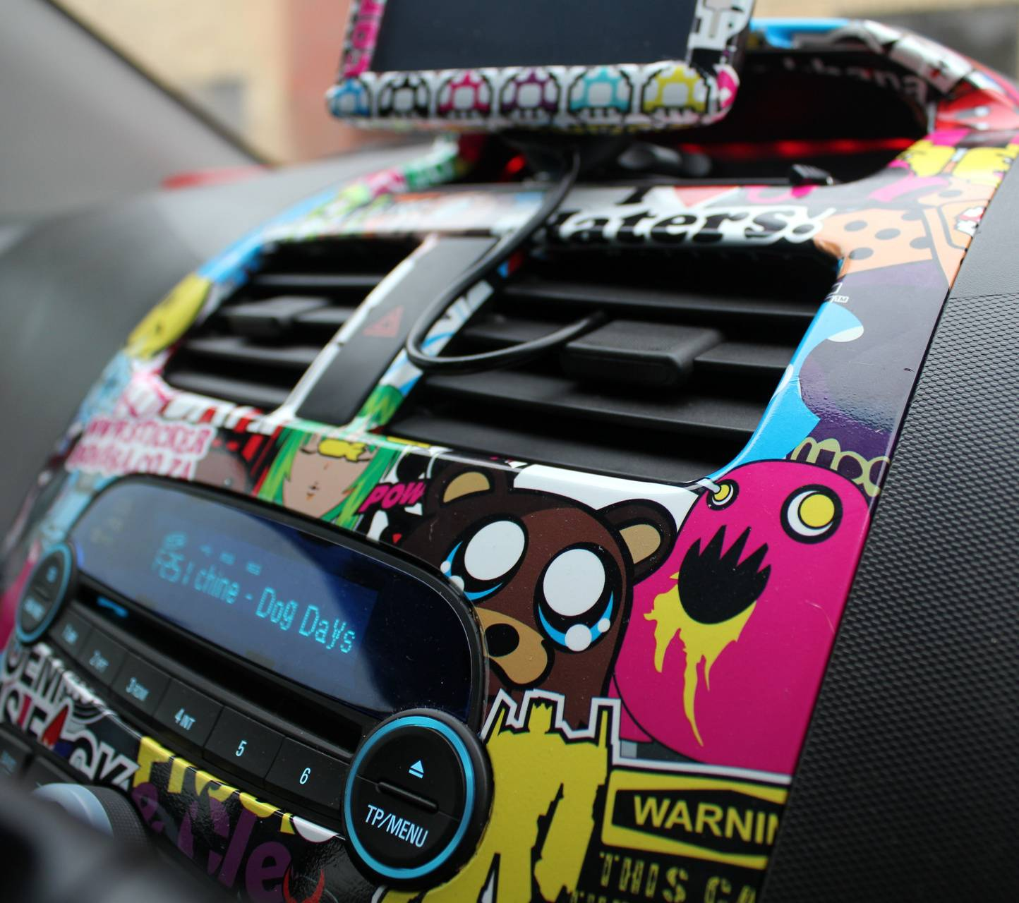 StickerBomb Car