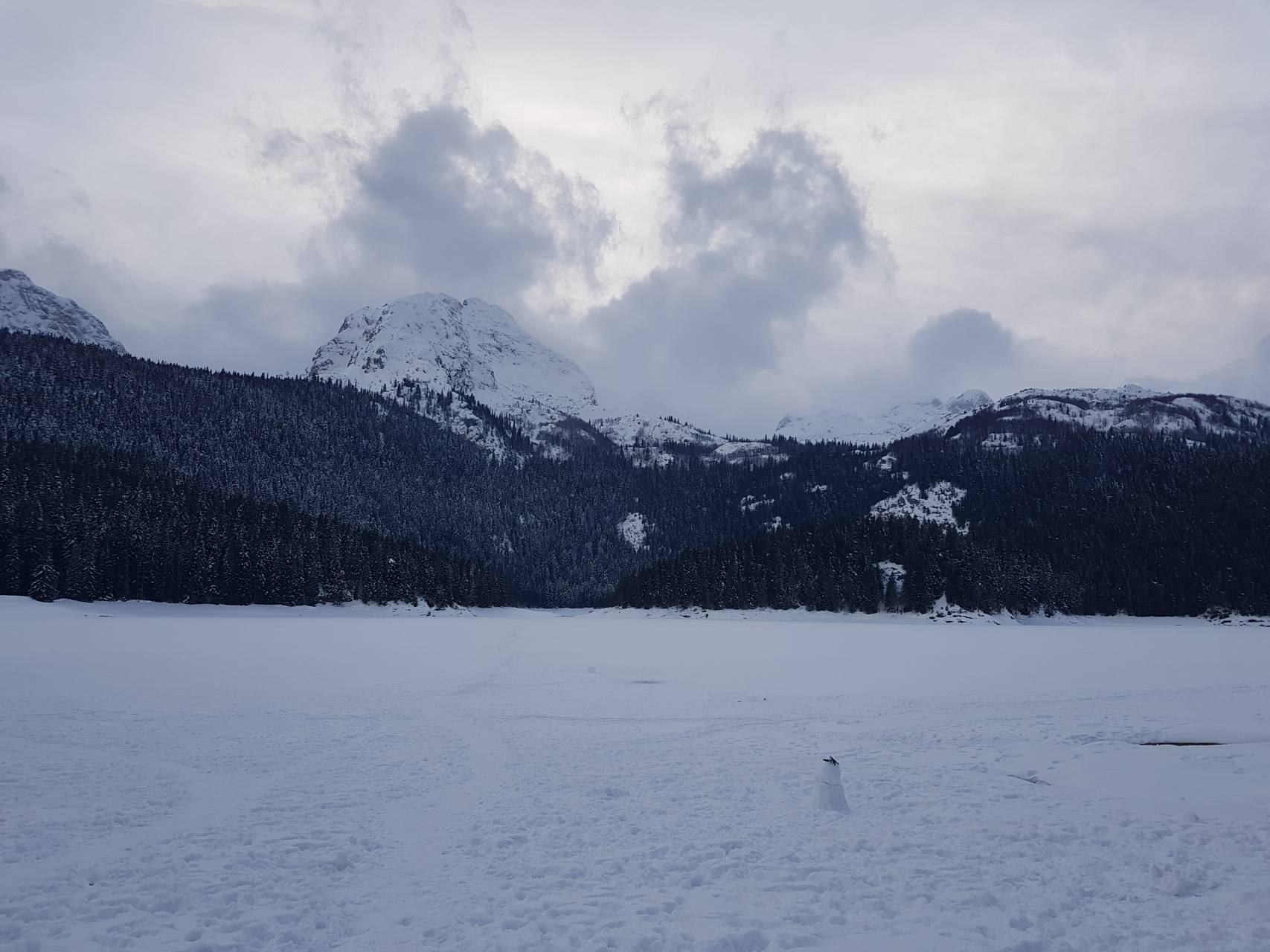 Snow over the lake