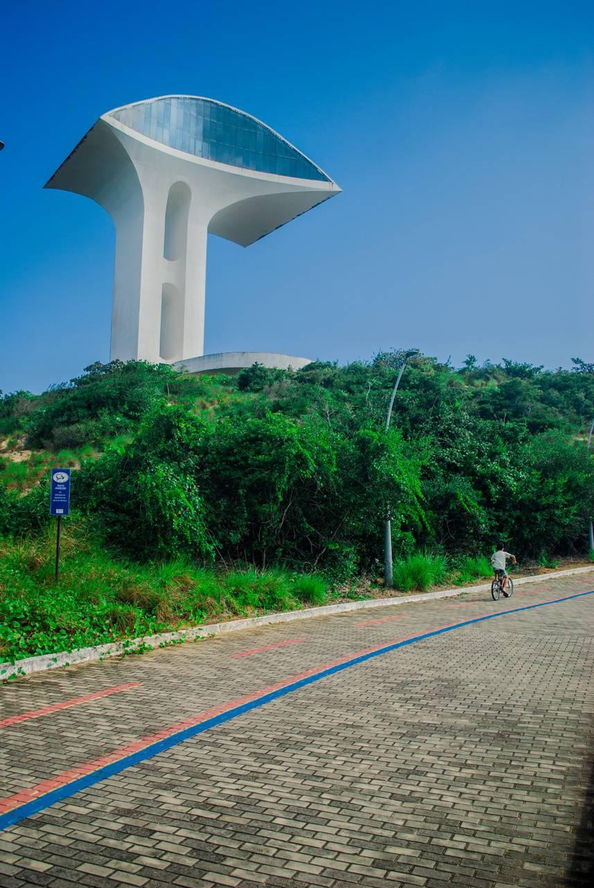 Oscar Niemeyer art
