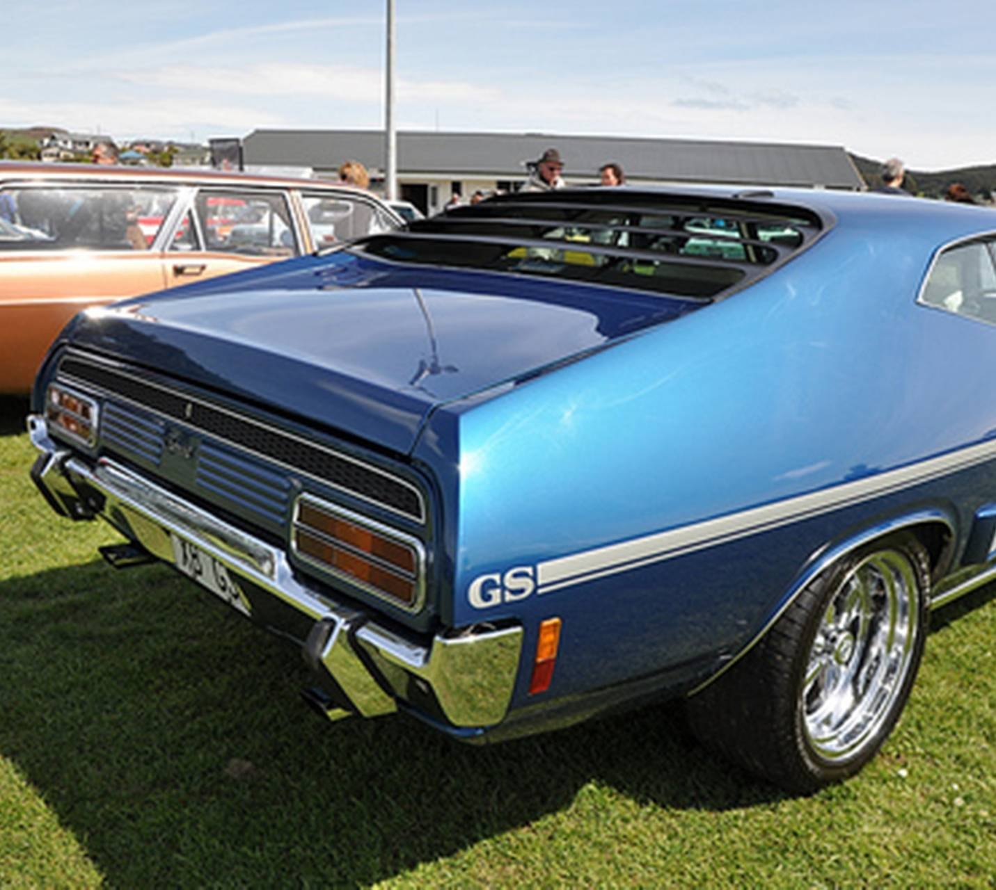 XBGS Falcon rear