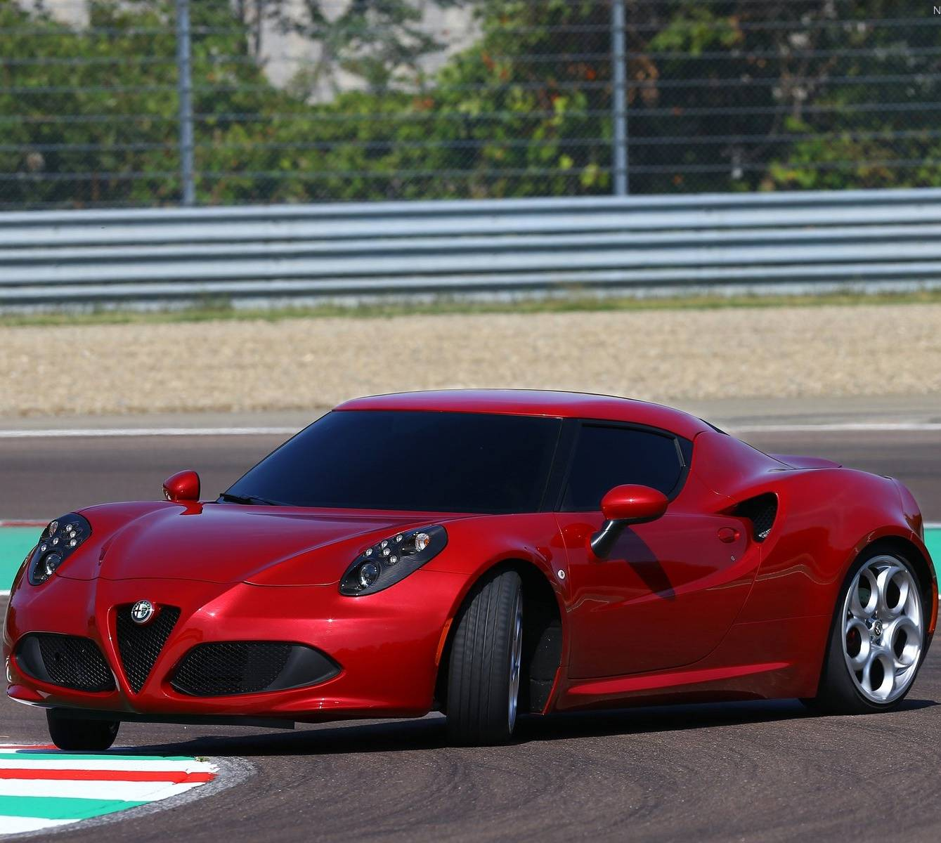 Alfa Romeo 4c Wallpaper By Simplemistake 14 Free On Zedge