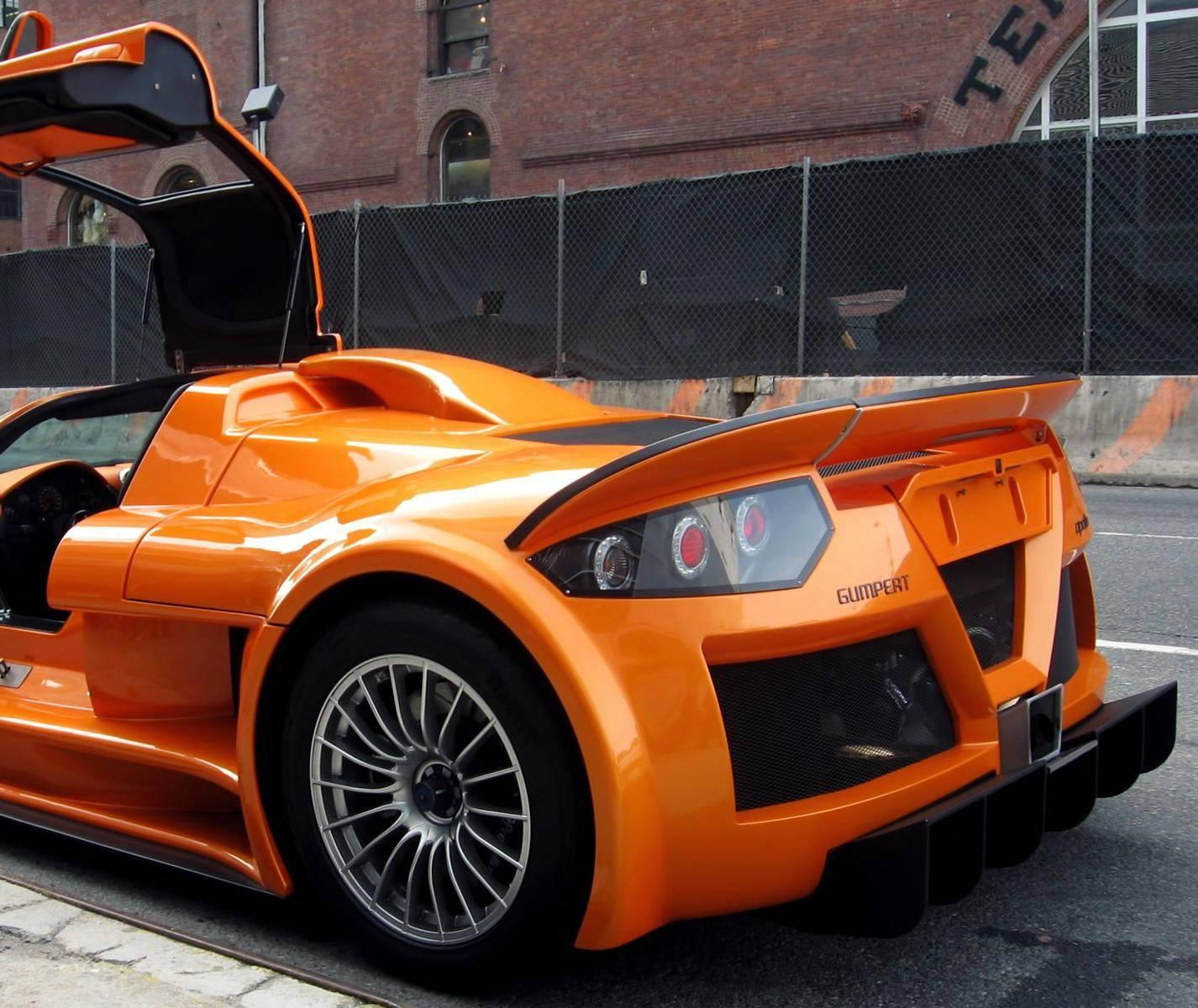 Orange Gumpert