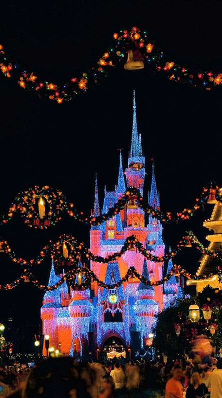 Walt Disney Christmas Wallpaper.Disney Christmas Wallpapers Free By Zedge