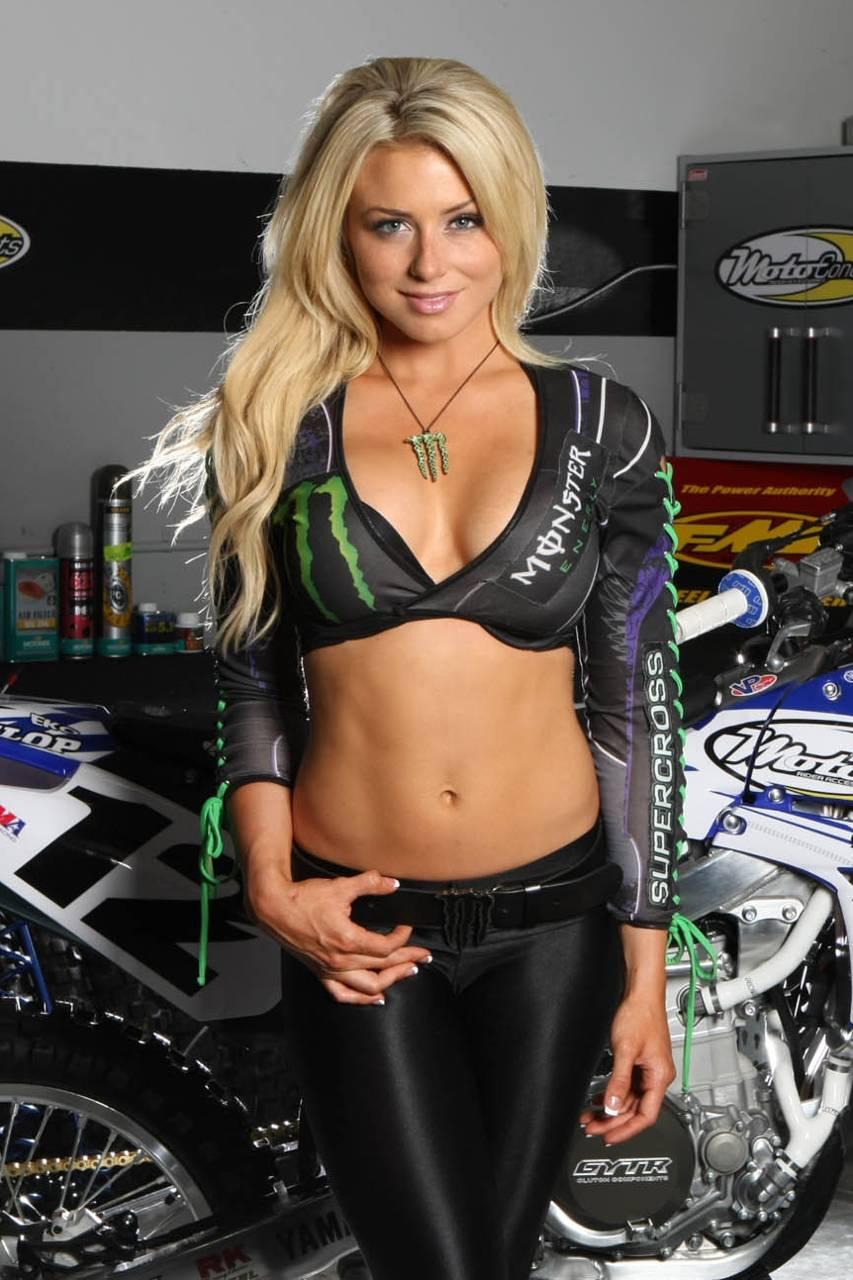 Harley >> Dianna Dahlgren Wallpaper by Kaarosu - c9 - Free on ZEDGE™