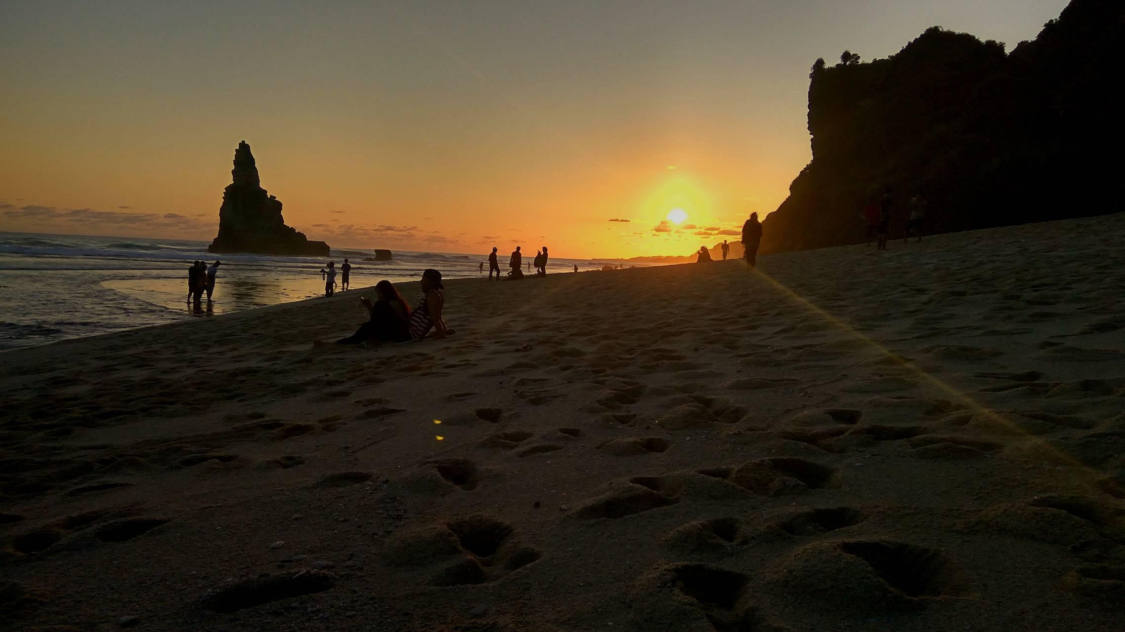 Buyutan Beach