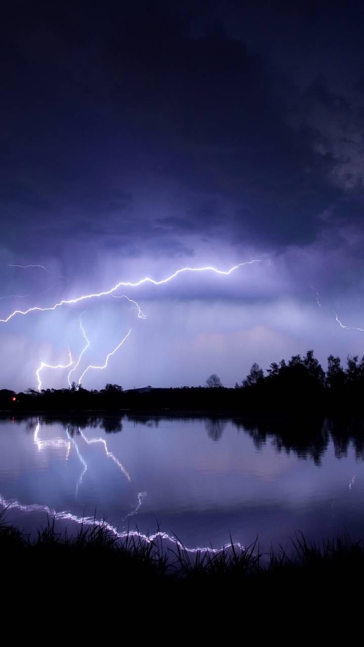 lightning water