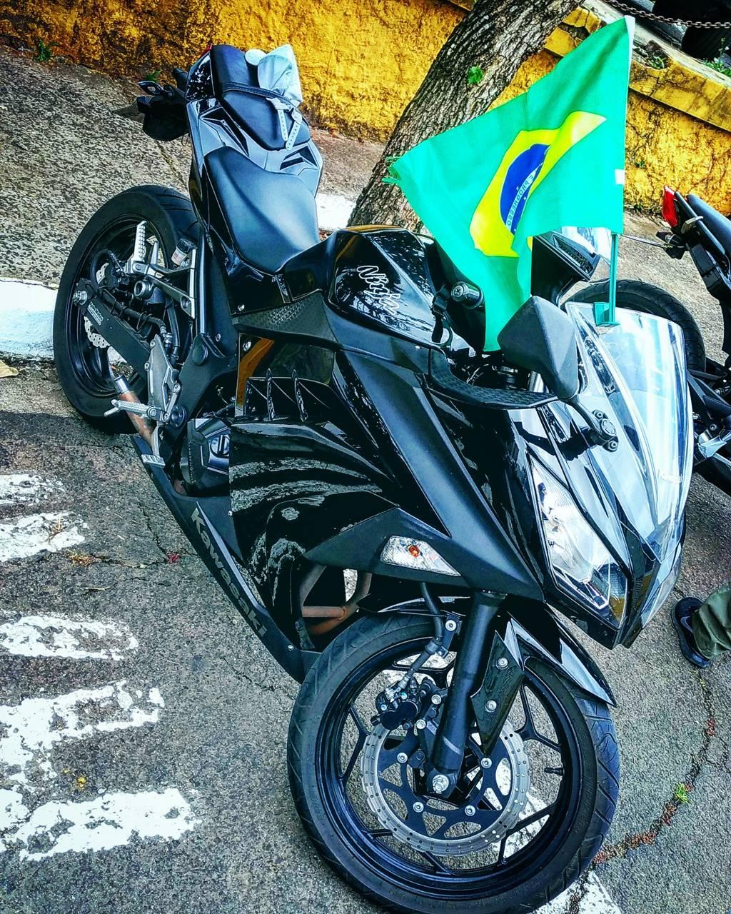 Kawasaki Ninja BR