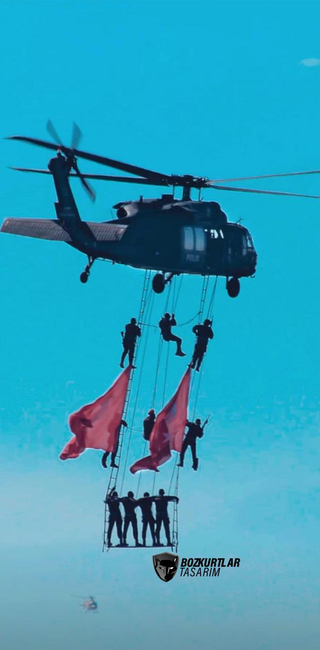 Helikopter ve asker