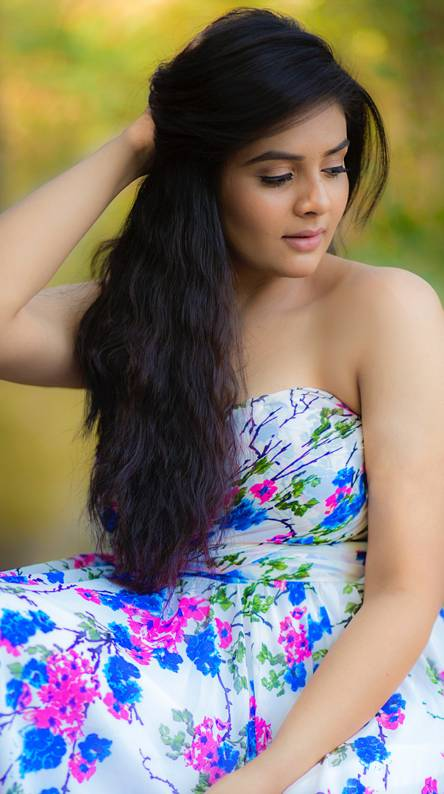 Sreemukhi Ringtones and Wallpapers - Free by ZEDGE™