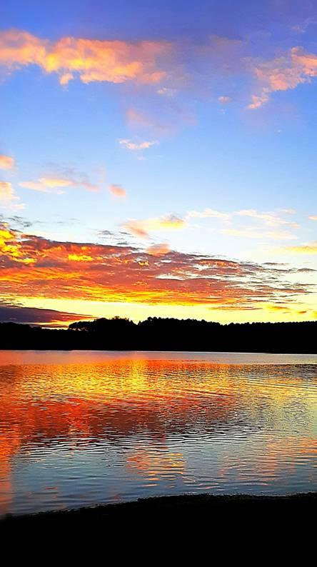 Sunset Lake-Side