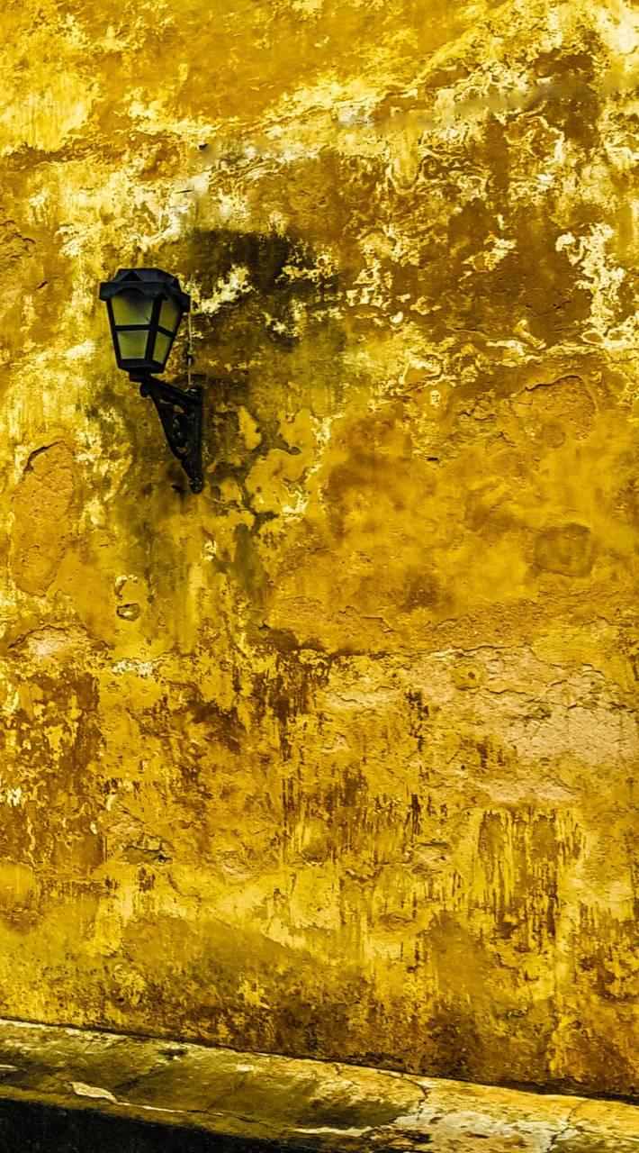 alone lamp
