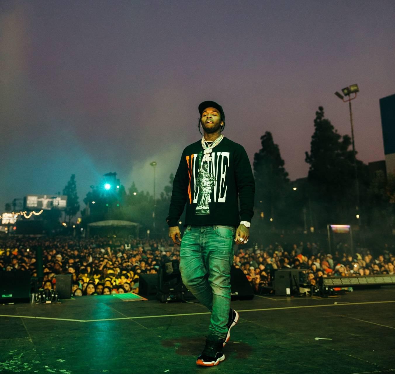 Pop Smoke on stage