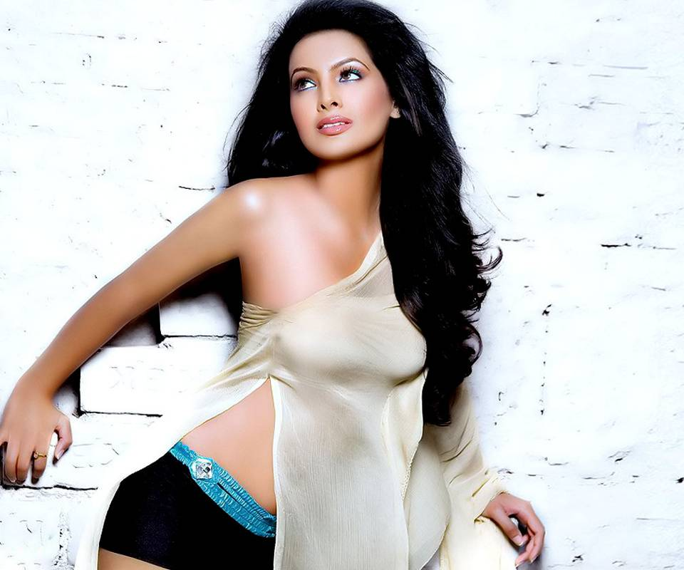 Geeta Basra Cool