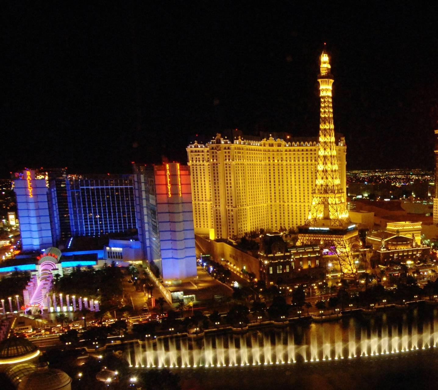 Las Vegas Hd Wallpaper By Im Genesis 48 Free On Zedge