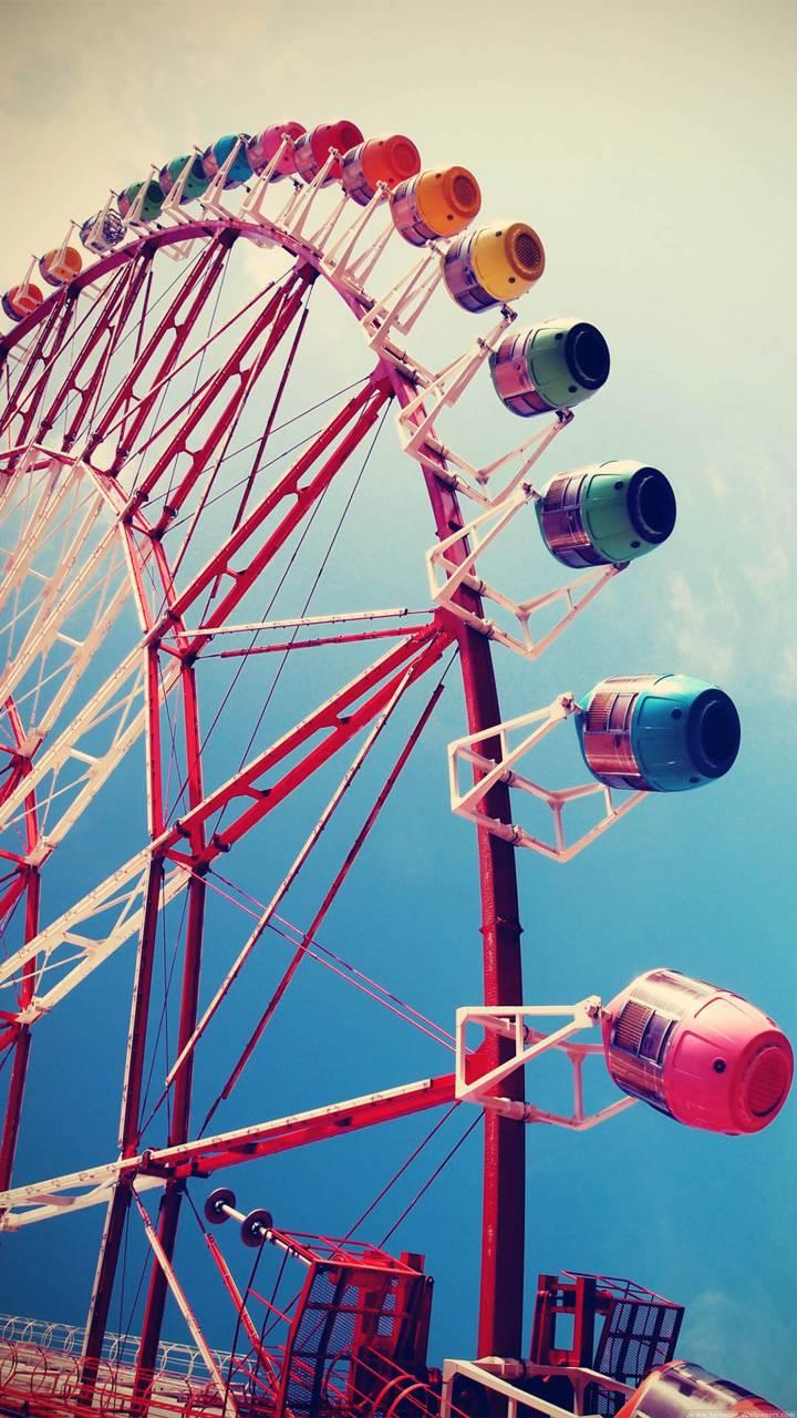 Colourful Ferris whl