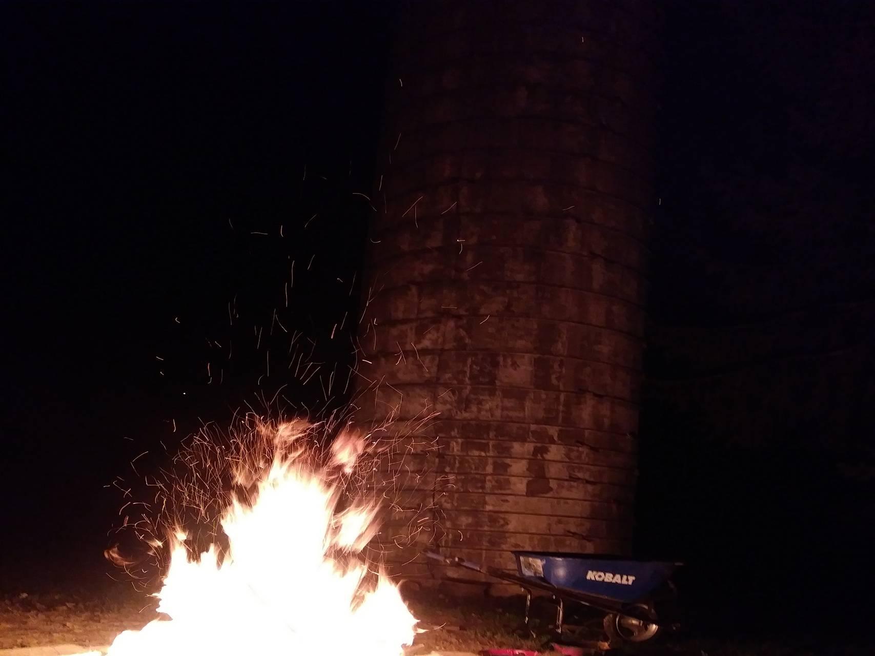 Backwoods Bonfire