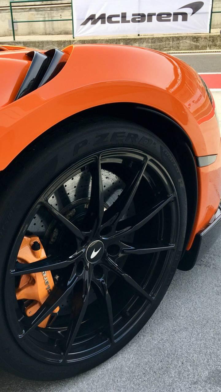 McLaren 600LT wheel