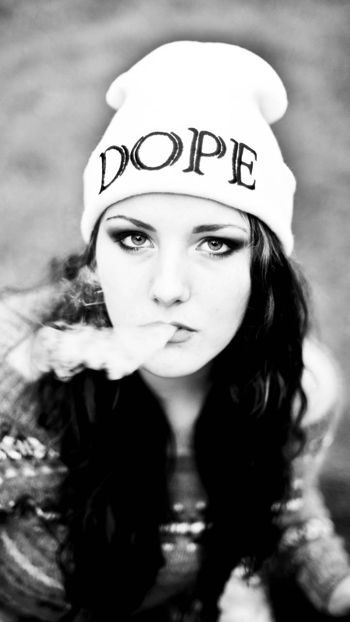 Swag Girl Smoke Wallpaper By Florint9 8b Free On Zedge