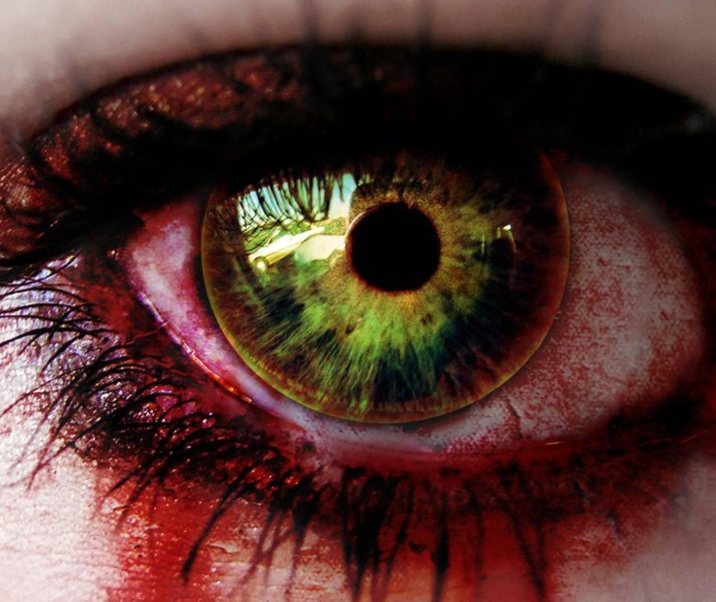 Zombie Female Eye