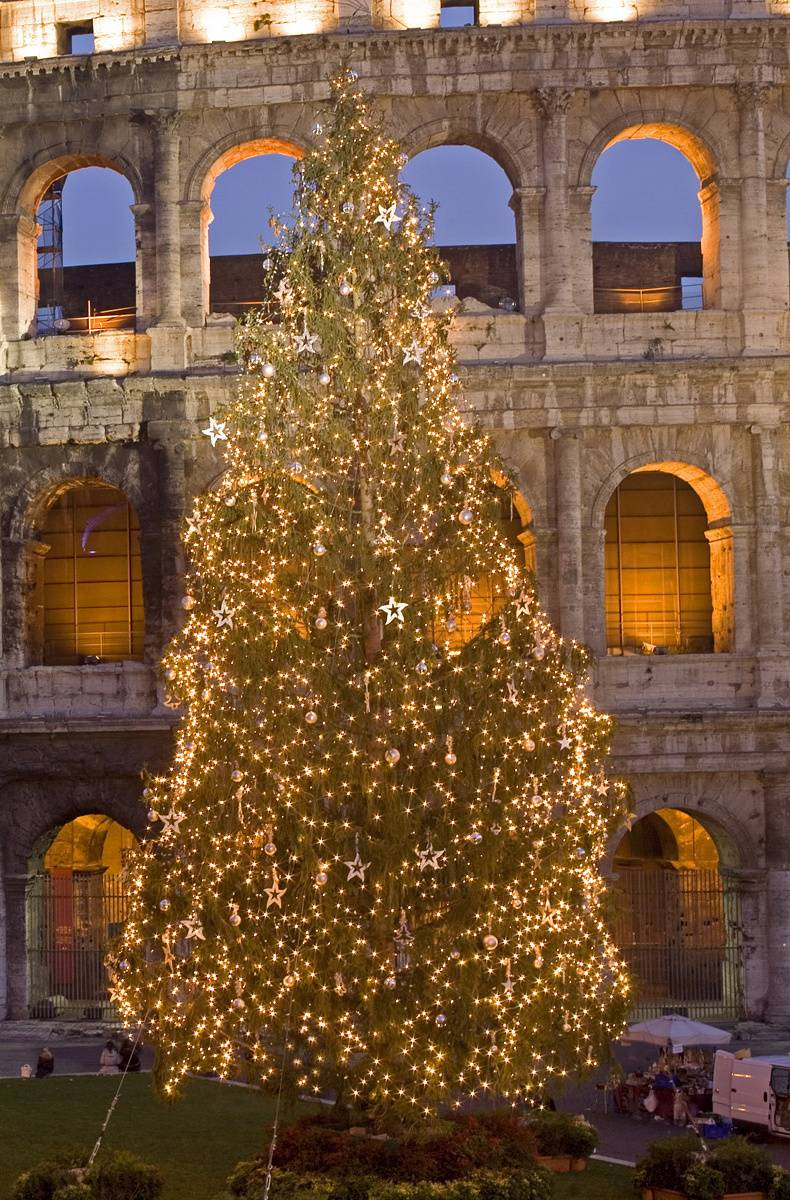 Colosseum at Christm