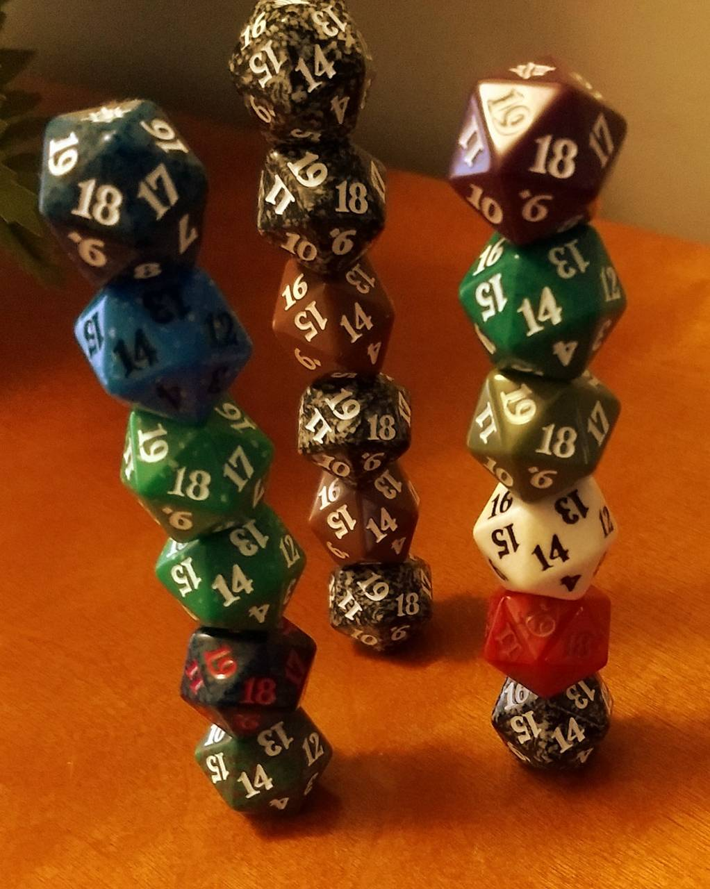 Triangle of dice