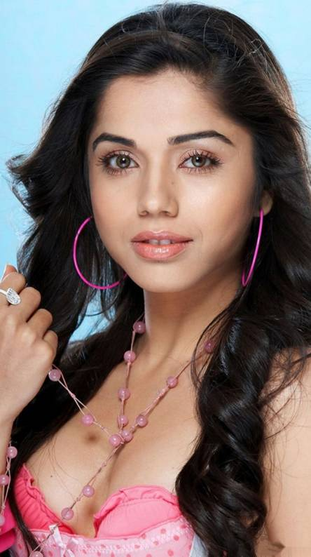 Aparna Hot
