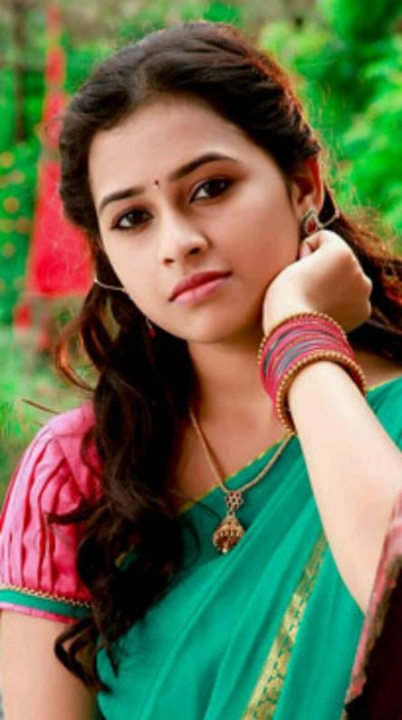 Recent sri divyaphoto gallery|includes sri divyaphotos| sri.