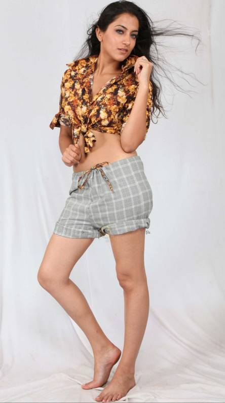 Sumit Kaur Hot
