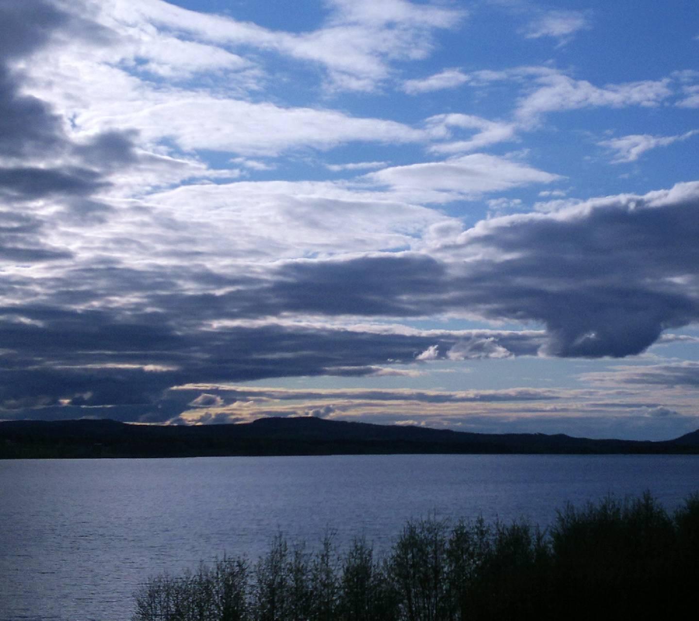 The Lake 7