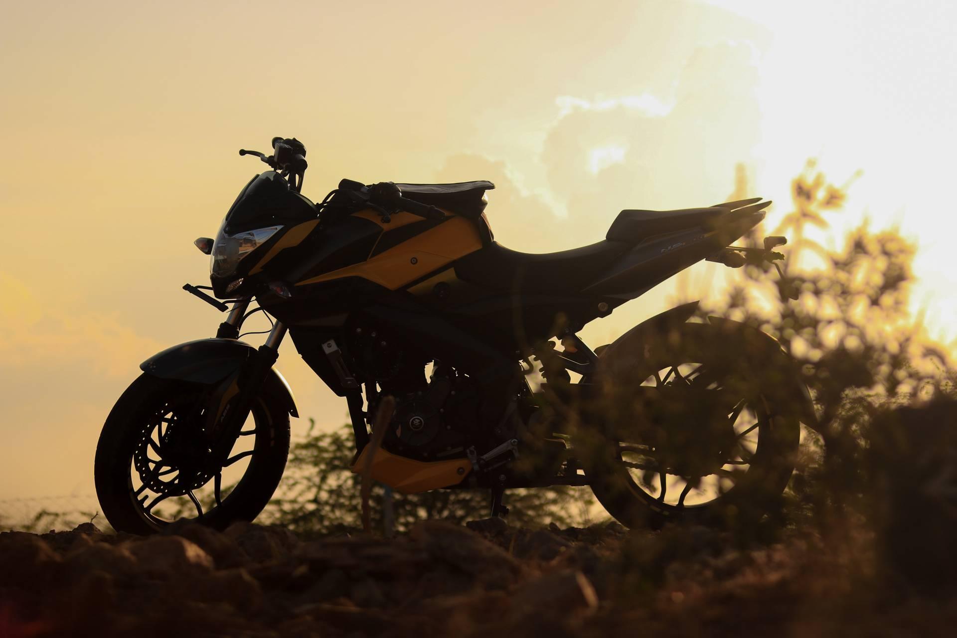 Ns200 Yellow