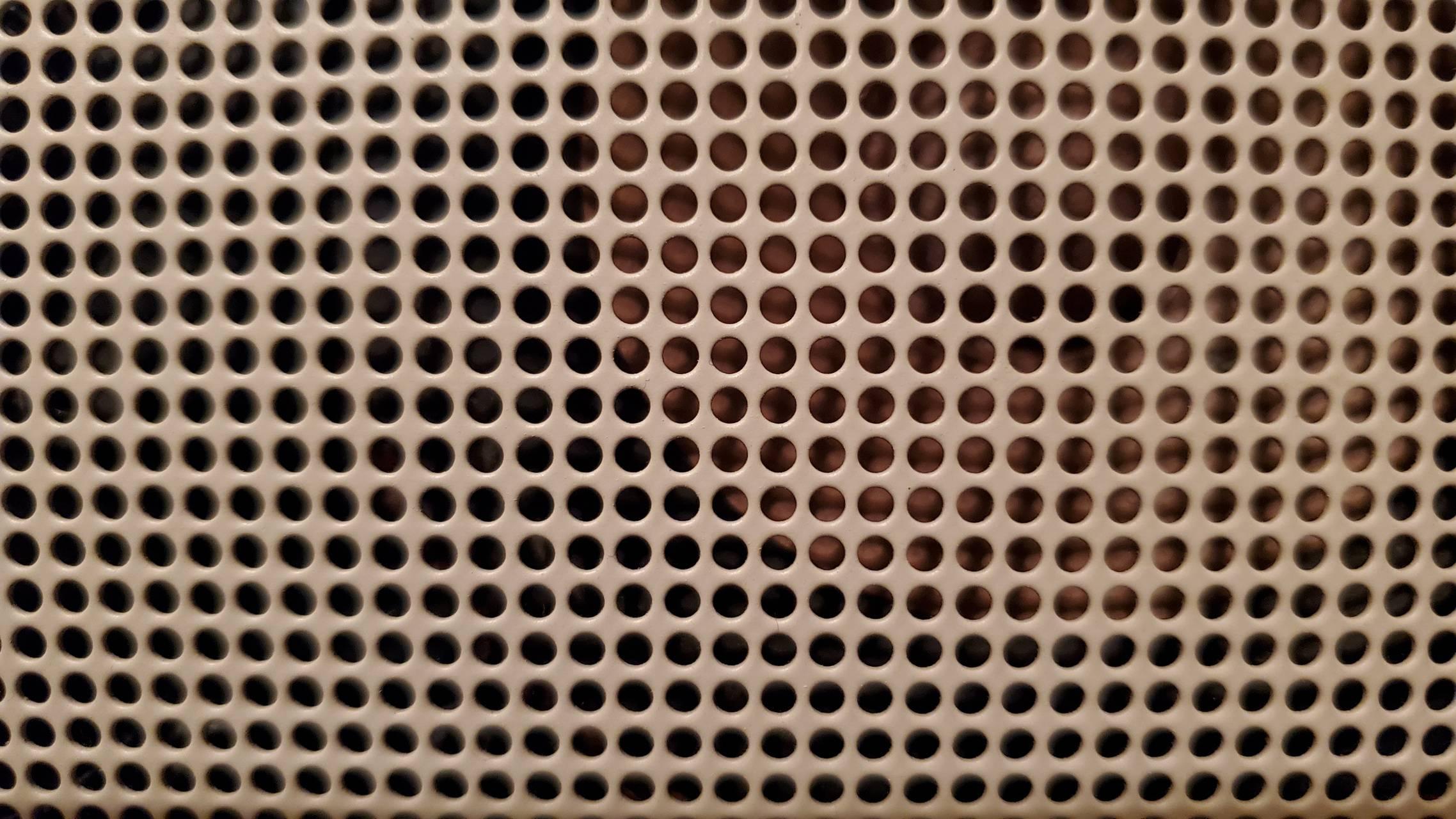Holes n Dots