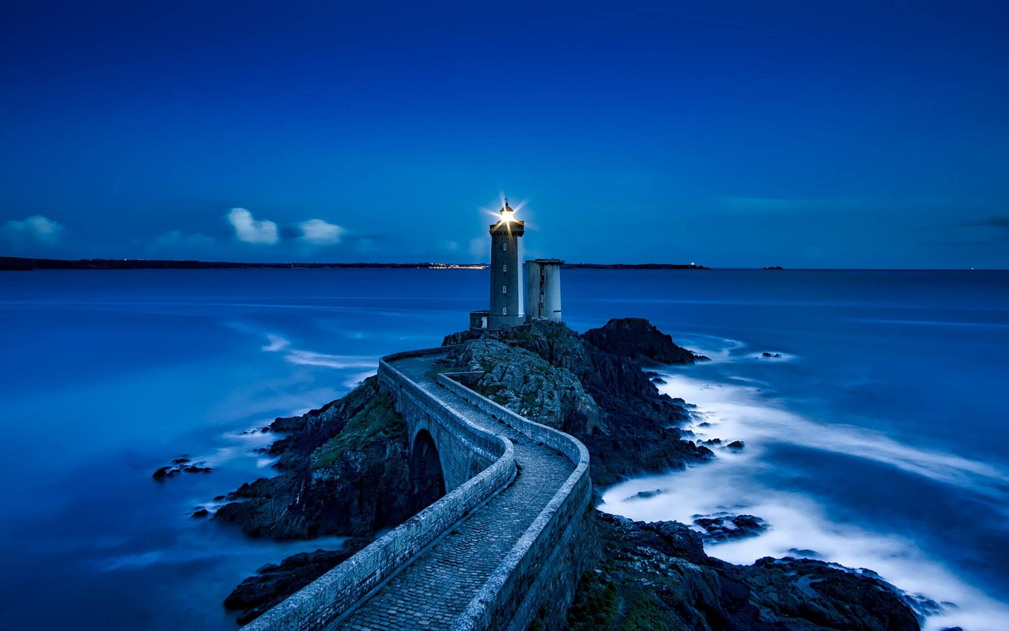 france-lighthouse