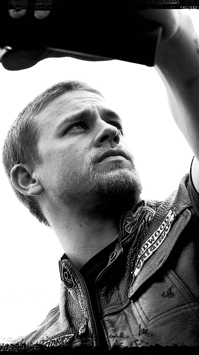 Charlie Hunnam Wallpaper By Pumba90 Cc Free On Zedge