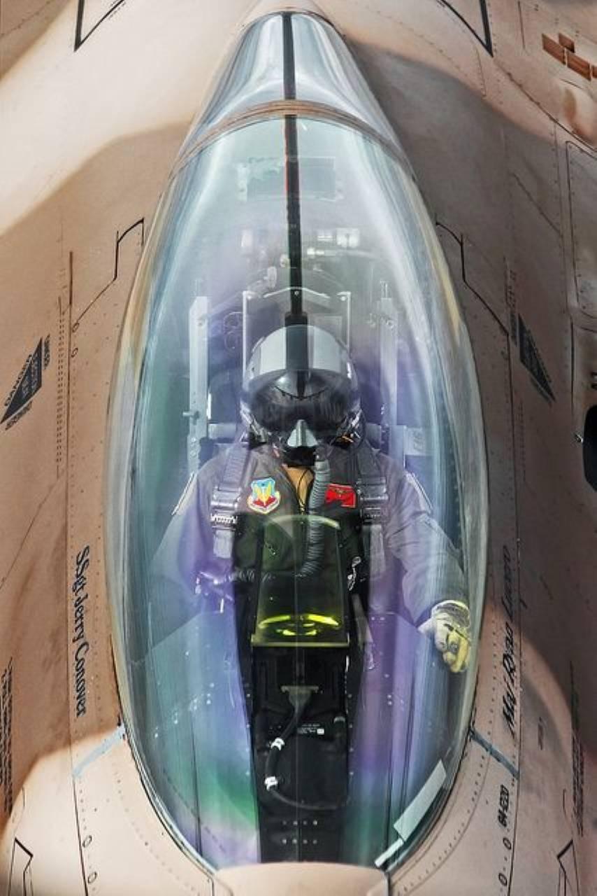 F16Viper